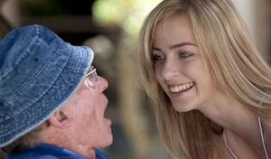 Пожилой фермер жестко оттрахал в рот на природе молодую красотку из города