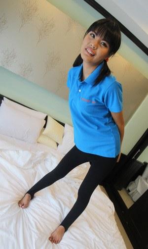 Белый турист шикарно кончает в пизденку узкоглазой работнице азиатского отеля
